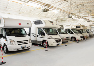 rimessaggio-camper-caravan-roulotte-interni-1